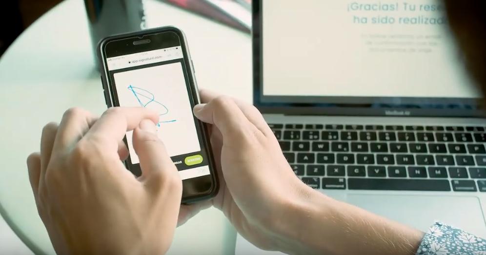 Firma electrónica de Signaturit, tan fácil como firmar con el dedo en la pantalla de tu smarthphone.